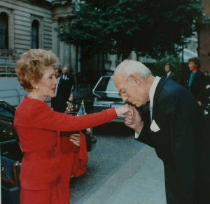 Denis_Thatcher_Nancy_Reagan_1988