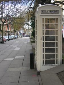 White_payphone