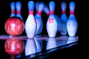 Bowling_Pins_Being_Hit_by_a_Bowling_Ball_-_PINSTACK_Plano_(2015-04-10_19.34.19_by_Nan_Palmero) (2)